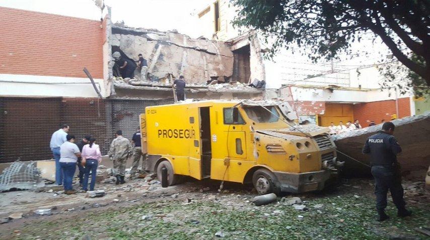 Paraguay: suman detenidos y recuperan US$ 1,4 millones del botín