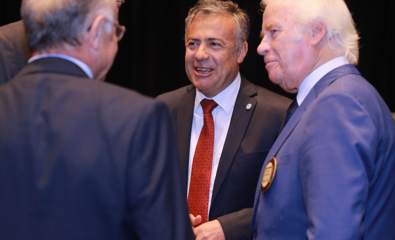 Cornejo presidió el encuentro de funcionarios nacionales de la UCR